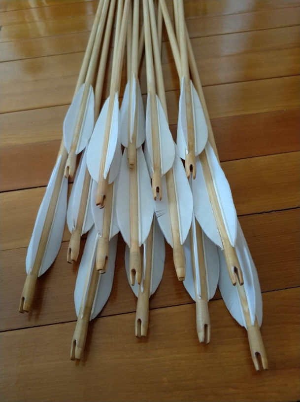 Picture of Pine Wooden Medieval Traditional Ottoman Hunting Archery Arrow For Recurve Longbow Bow Shoot with White Turkey Feather