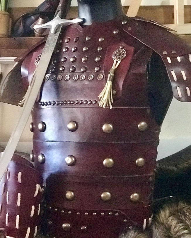 Picture of Leather Warrior Armor Belt Bracers Set Costume Claret Red Motif Ottoman Turkish Warrior Armor